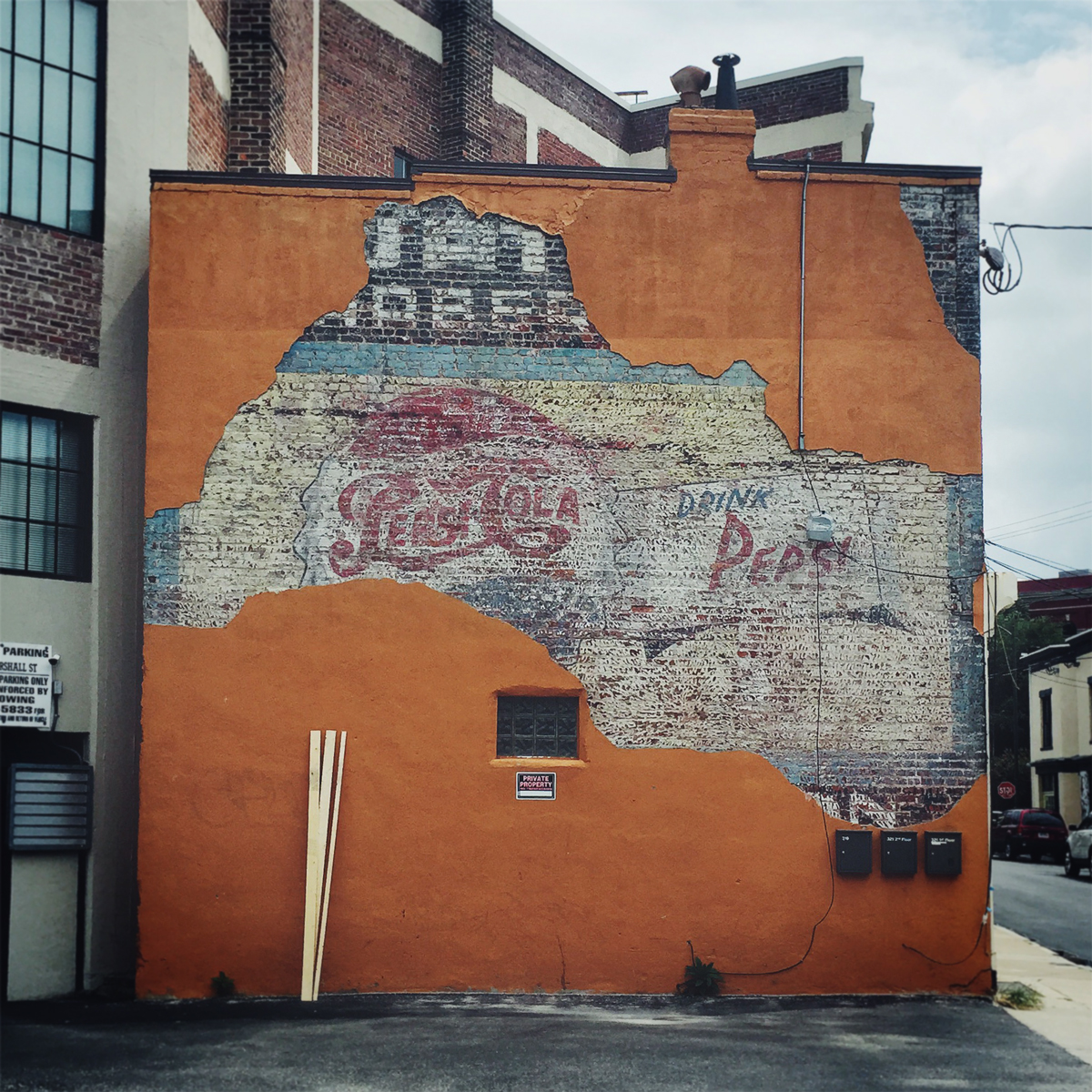 a-for-adventure-ghost-sign