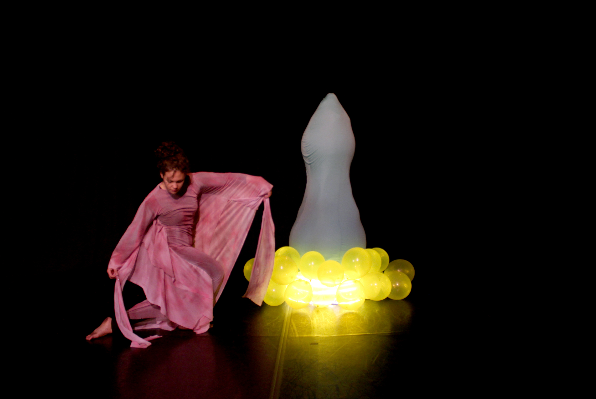"still from ""Phallus Idol (Psalms Chapter 9)"""