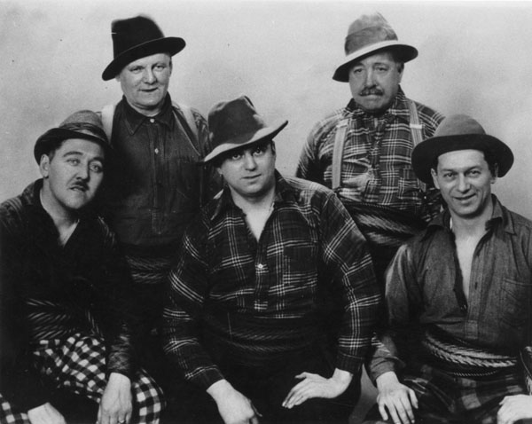 The troupe, Veillées canadiennes regularly broadcast from Montréal radio stations CKAC and CFCF. Back row, left to right: Adélard St-Jean, Alfred Montmarquette. Front row, left to right: Eugène Daignault, Ovila Légaré, Arthur Lefebvre