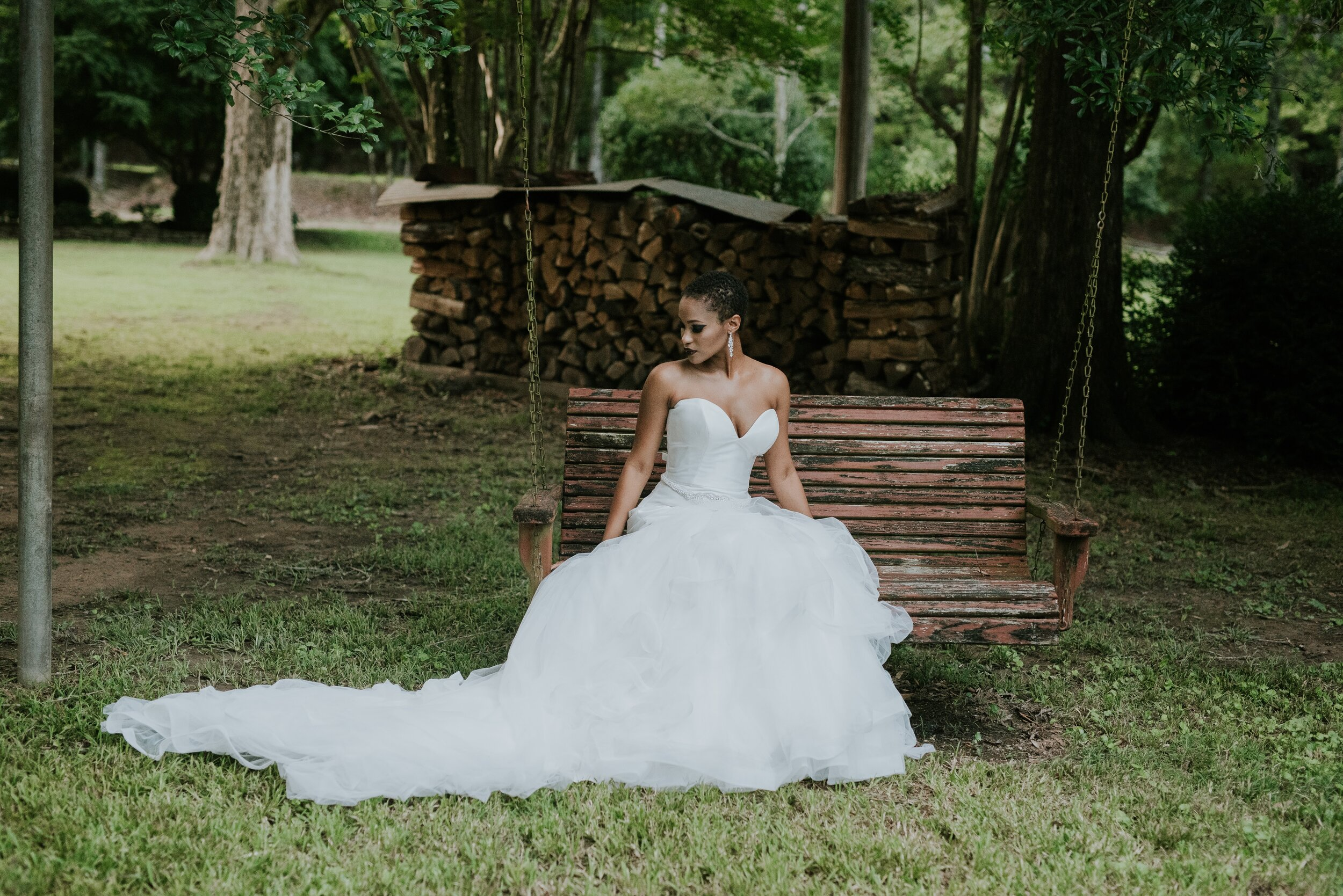 Bride on a swing in Arkansas for outdoor photography