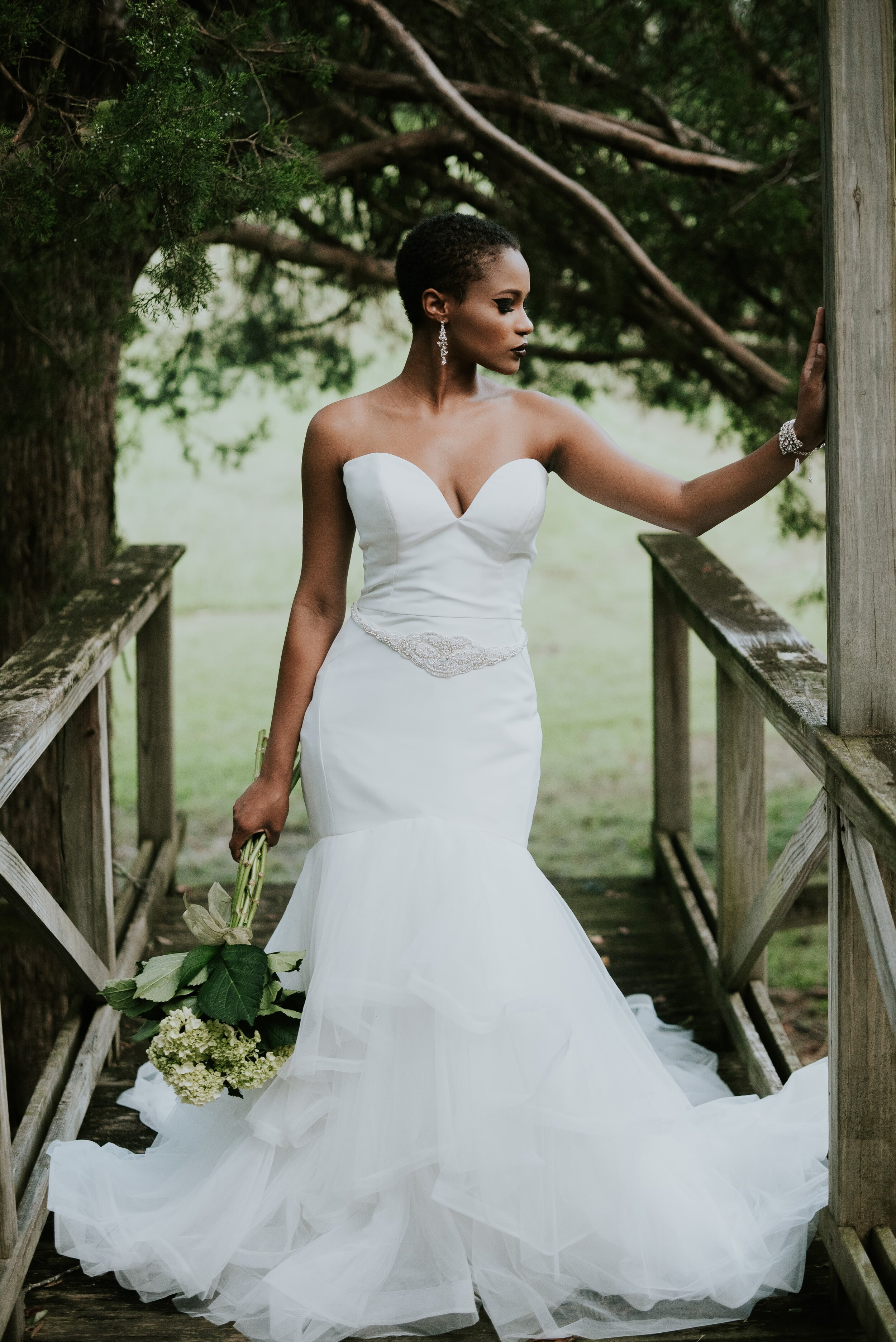 Bridal jewelry and wedding dress in North West Arkansas