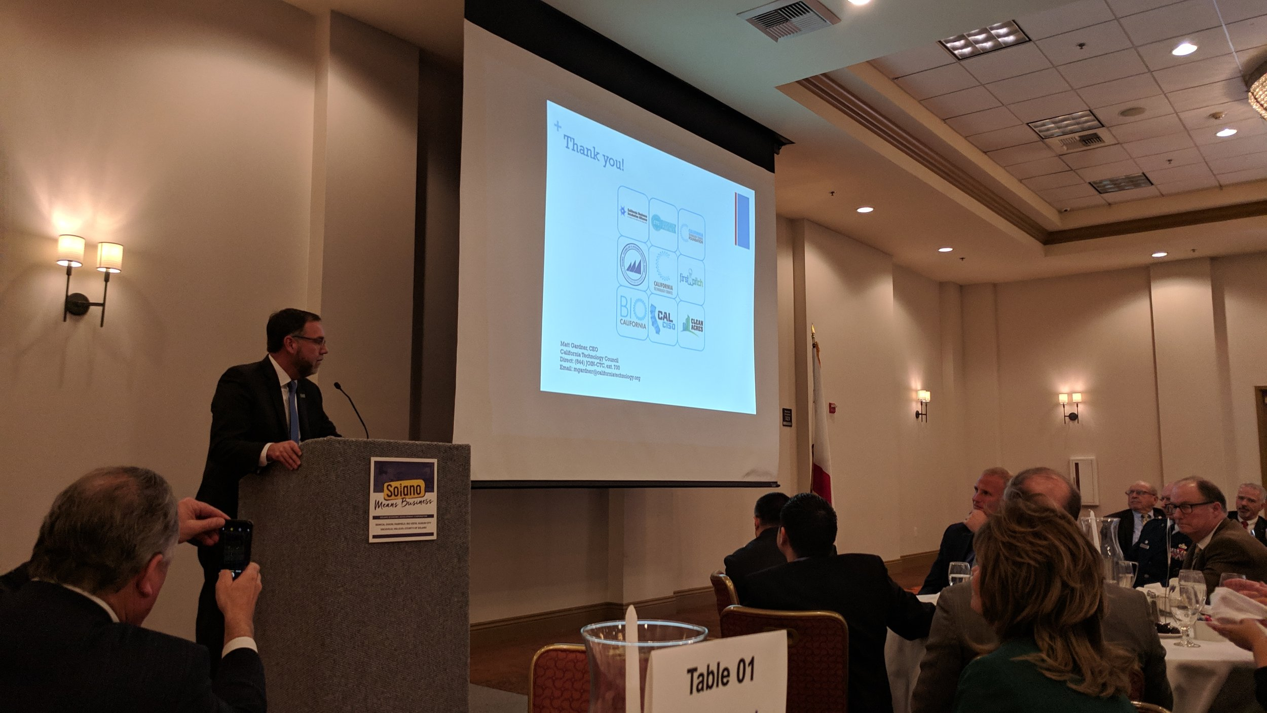 Robert Burris, chief executive of Solano EDC, speaks to attendees at the group's annual business lunch.