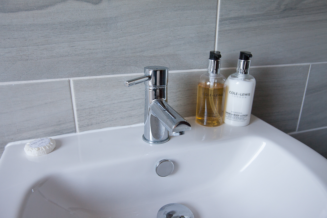 Modern with quality toiletries