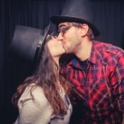 kiss-499138_1280.jpg
