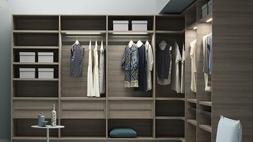 Closets + Wardrobes -