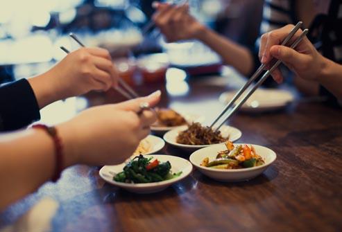 friends_eating.jpg