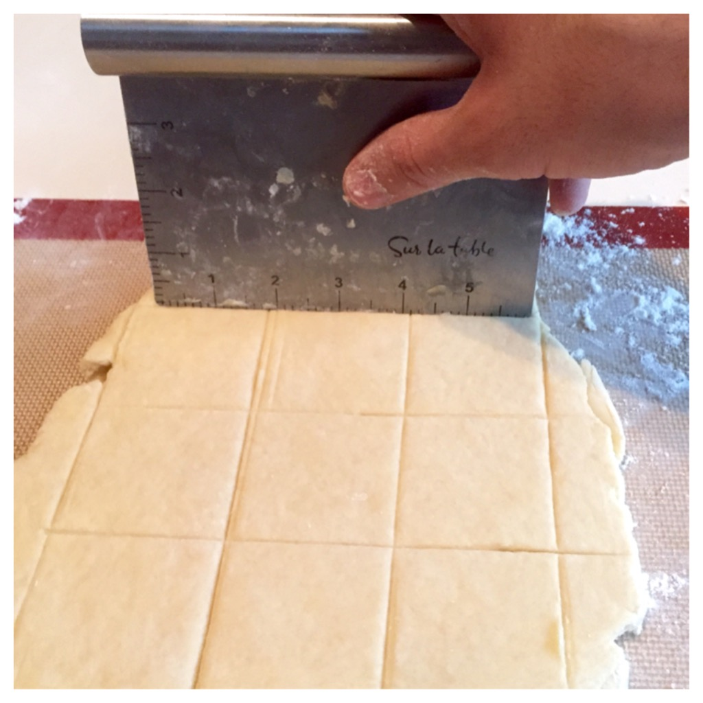 foodseum biscuits cutting