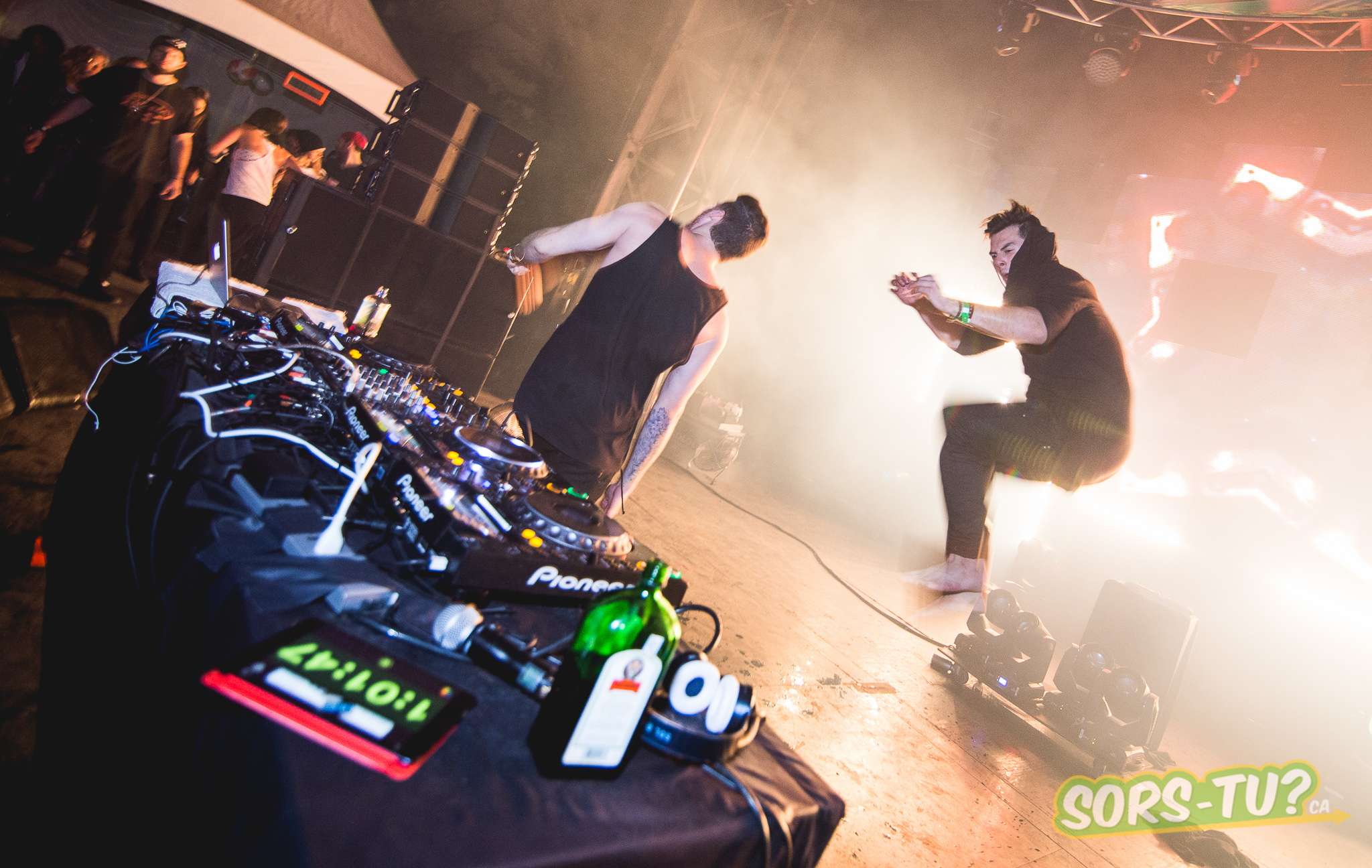 Adventure Club-IleSoniq-2014-1-2.jpg