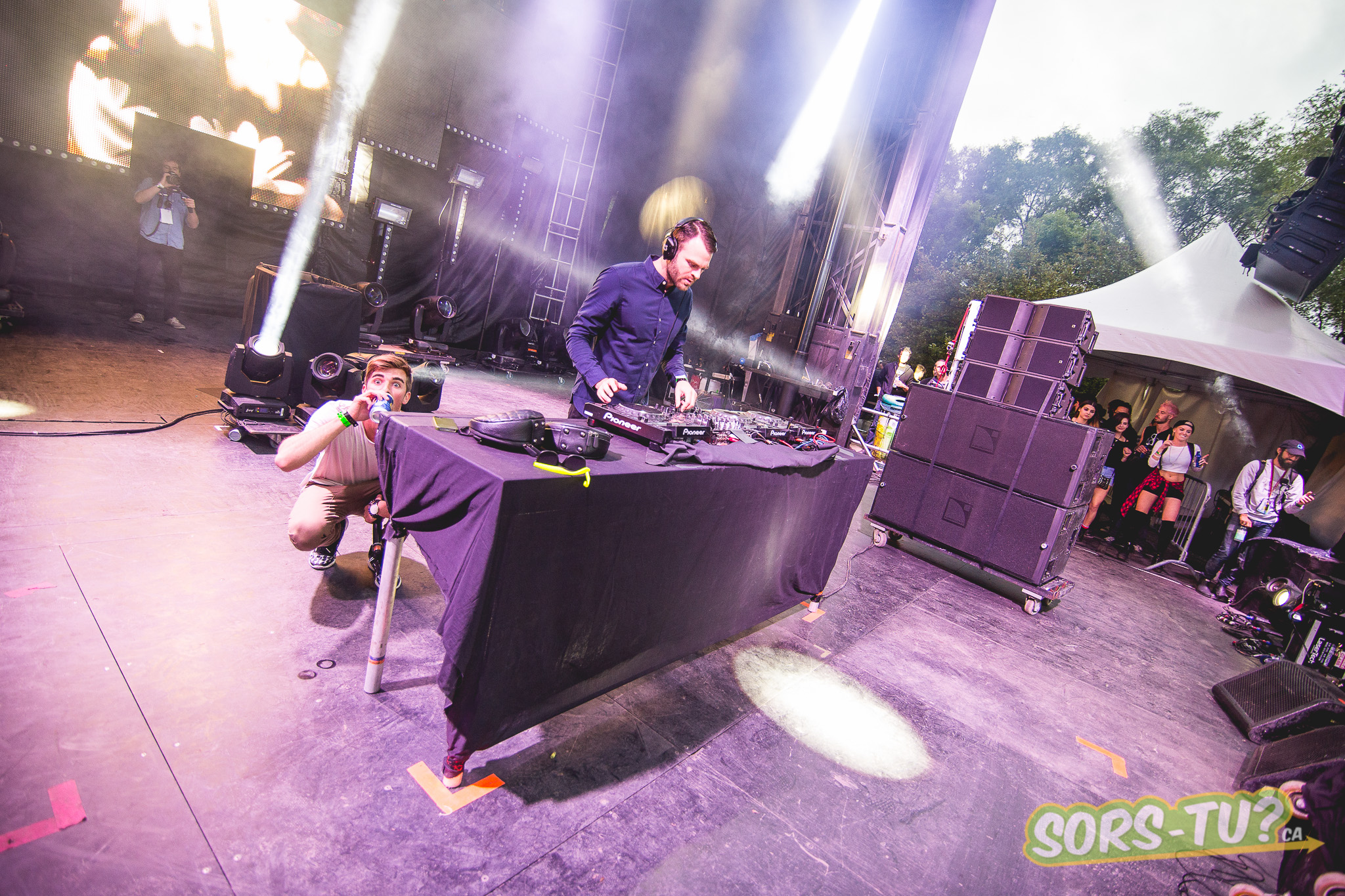 Chainsmokers -IleSoniq-2014-1-7.jpg