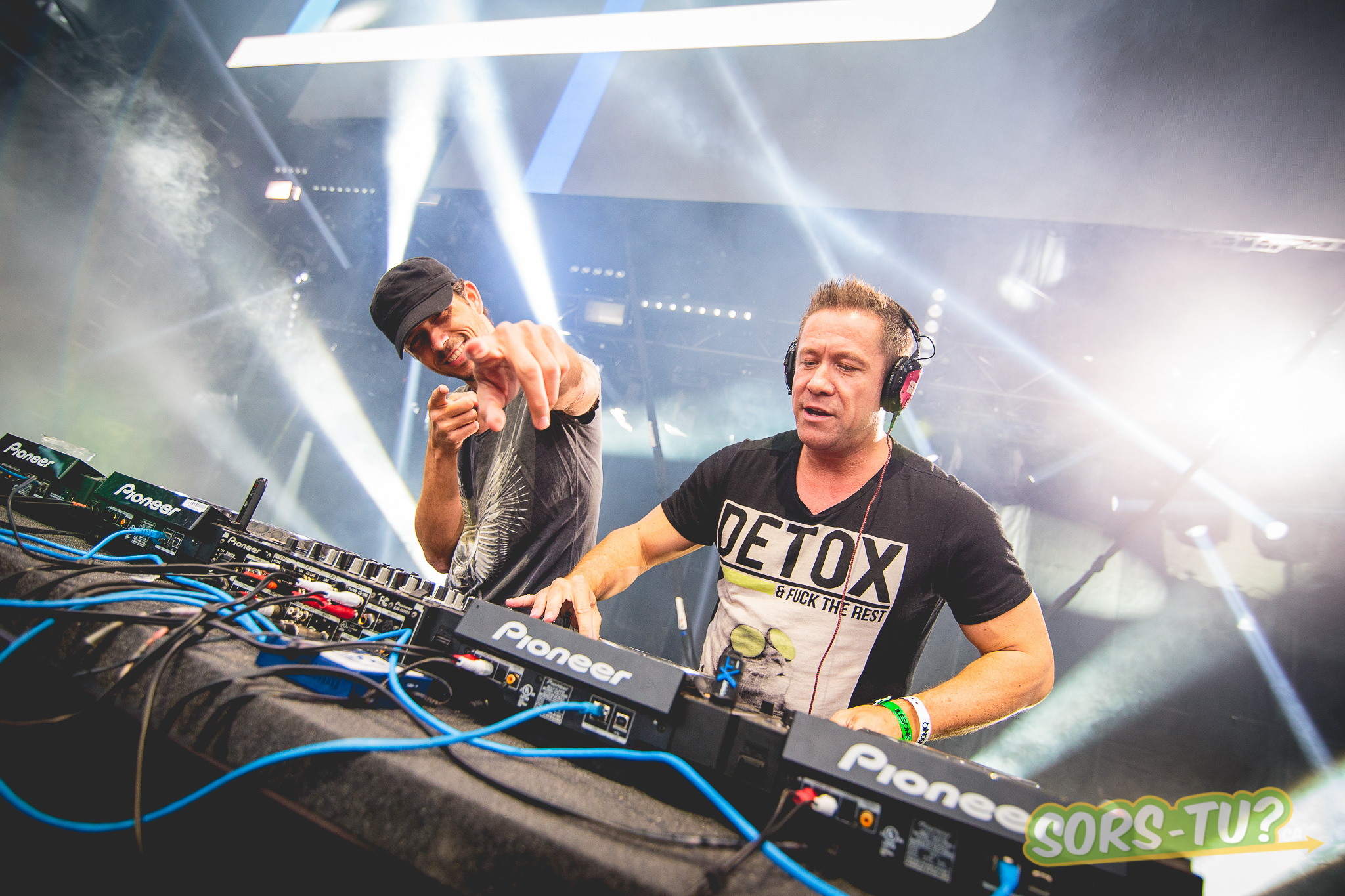 cosmic gate-IleSoniq-2014-1-5.jpg