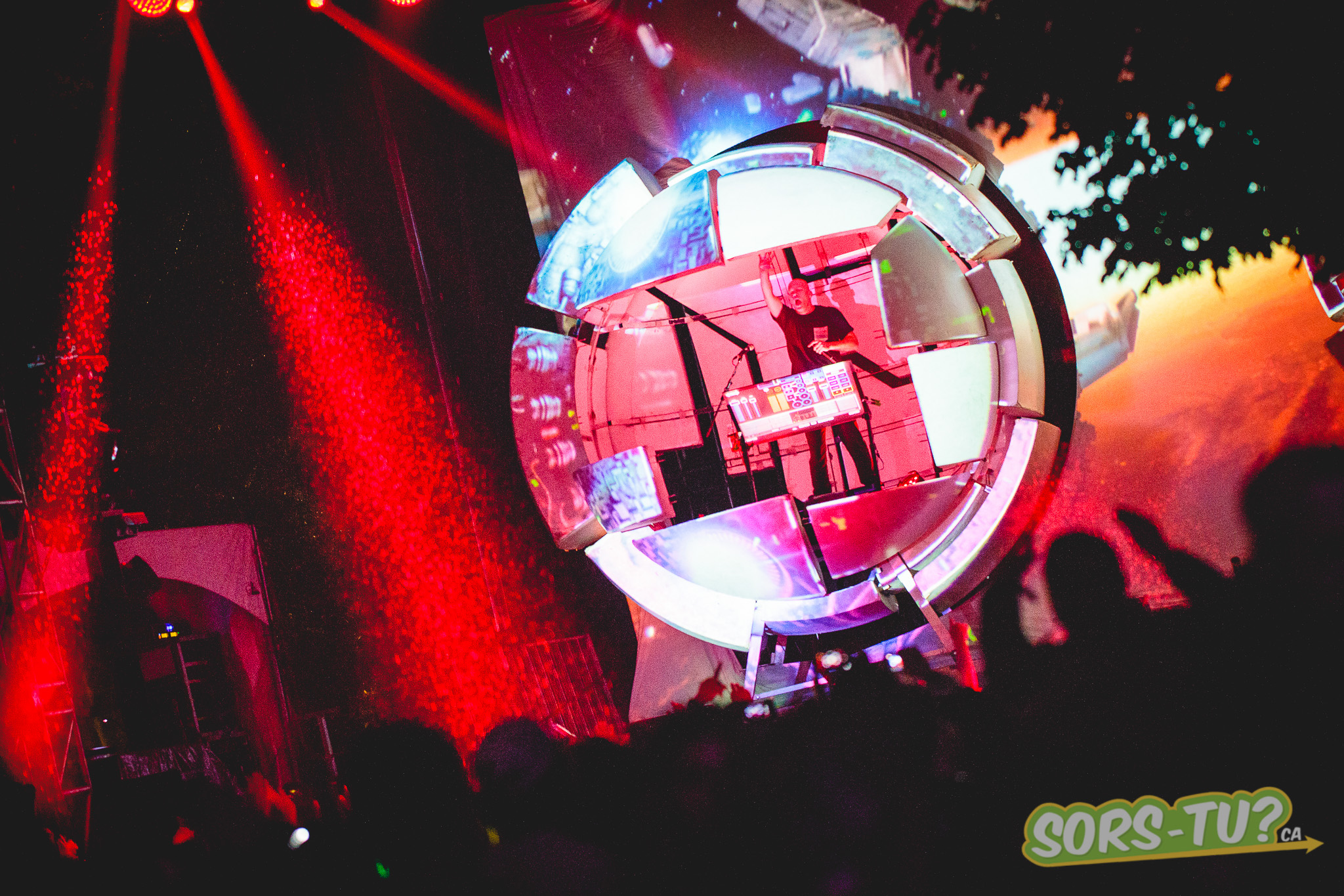Infected mushroom -IleSoniq-2014-1-3.jpg