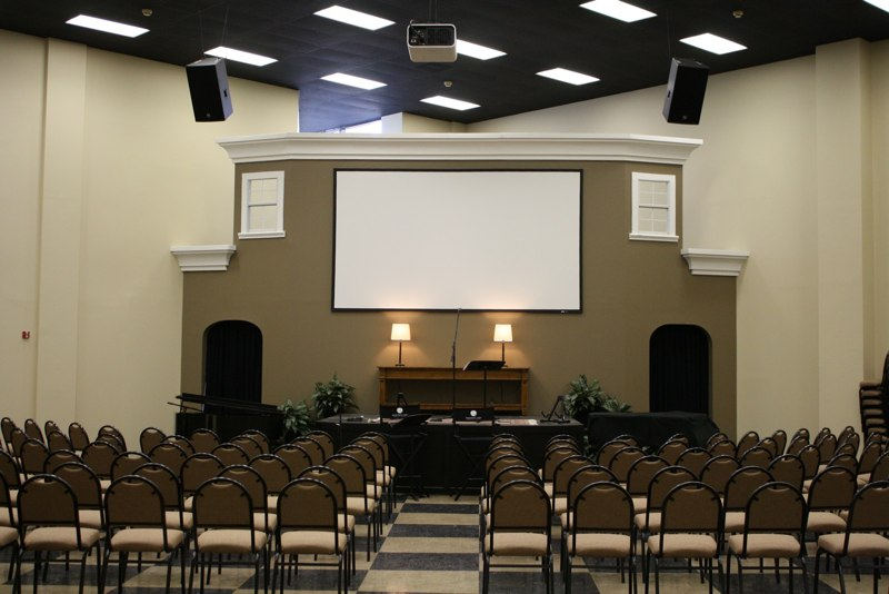 Houston's First Baptist Church - Choir Room