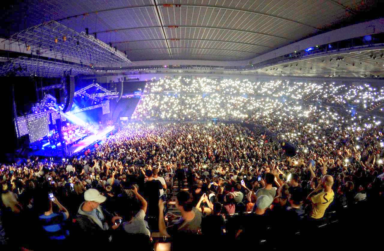 PV with the Hilltop Hoods, Rod Laver Arena