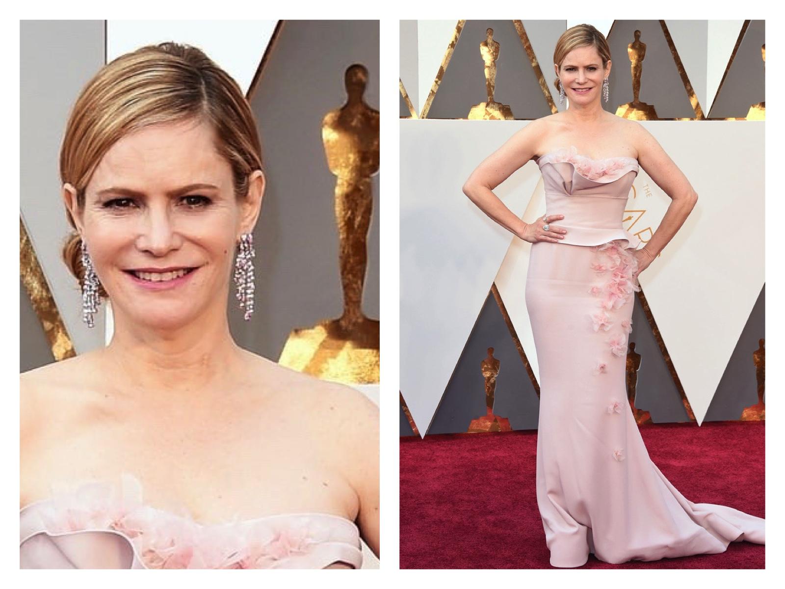 Jennifer Jason Leigh/Oscars Red Carpet