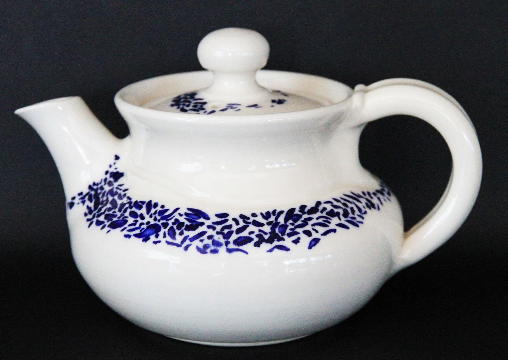ros teapot.jpg