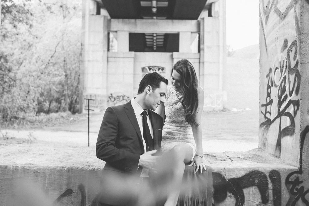 Romantic-engagement-photos-SirWinstonChurchillPark-Toronto-wedding-010.JPG