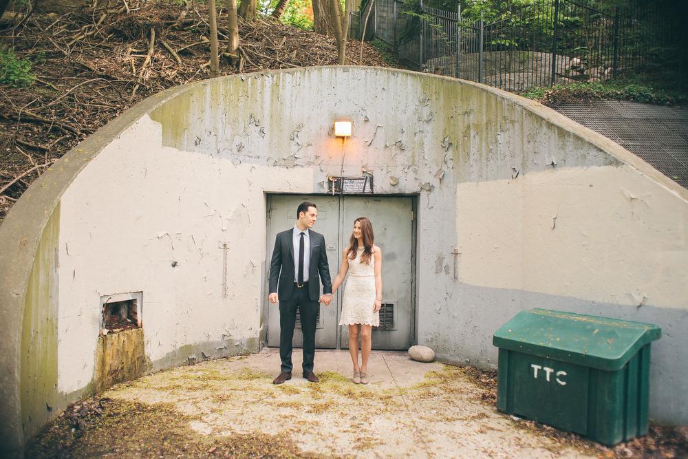 Romantic-engagement-photos-SirWinstonChurchillPark-Toronto-wedding-022.JPG