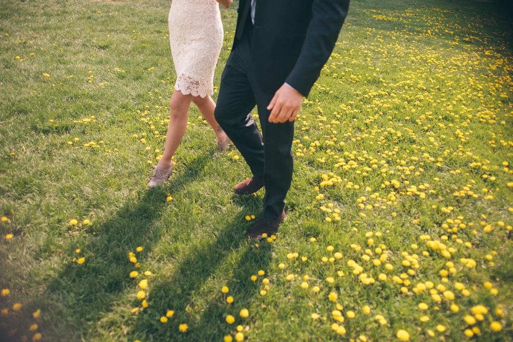 Romantic-engagement-photos-SirWinstonChurchillPark-Toronto-wedding-025.JPG