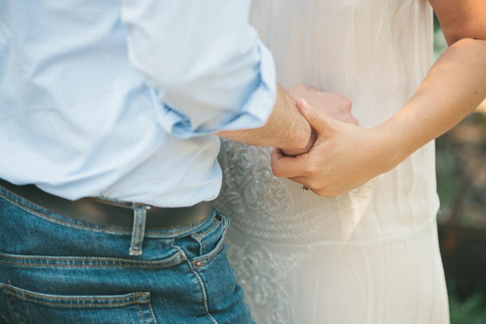 unique-engagement-photos-TrinityBellwoodsPark-Toronto-wedding-014.JPG