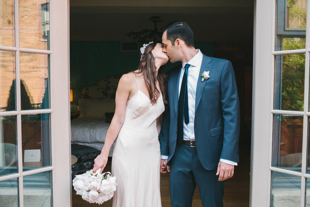 elegant-wedding-photos-GeorgeRestaurant-Toronto-peonies-041.jpg