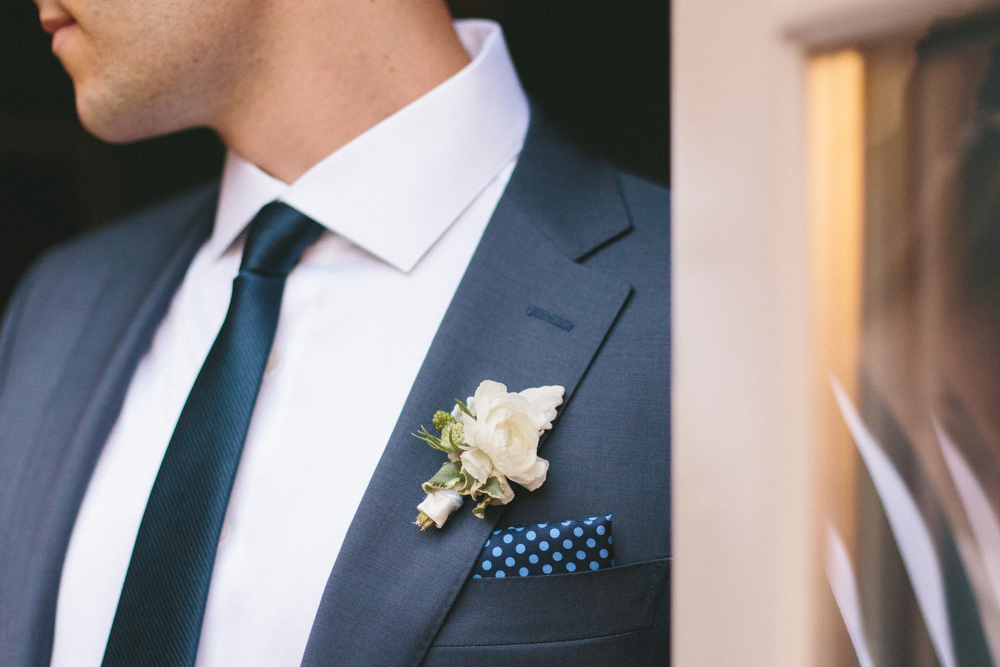 elegant-wedding-photos-GeorgeRestaurant-Toronto-peonies-042.jpg