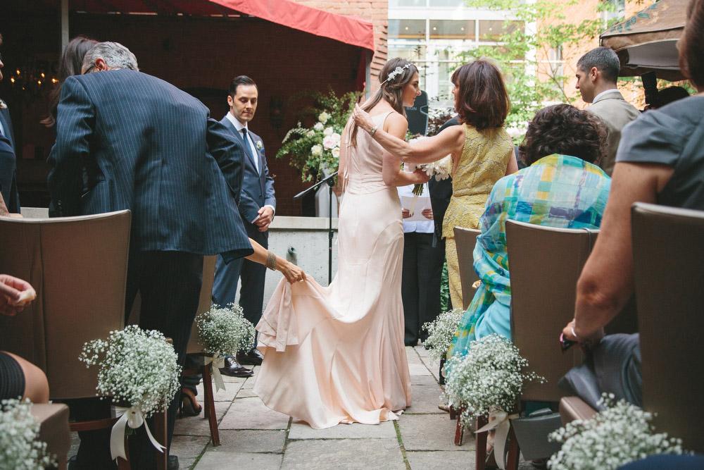 elegant-wedding-photos-GeorgeRestaurant-Toronto-peonies-056.JPG