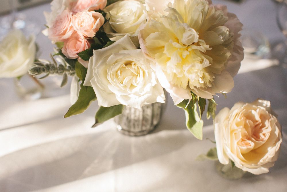 elegant-wedding-photos-GeorgeRestaurant-Toronto-peonies-080.JPG