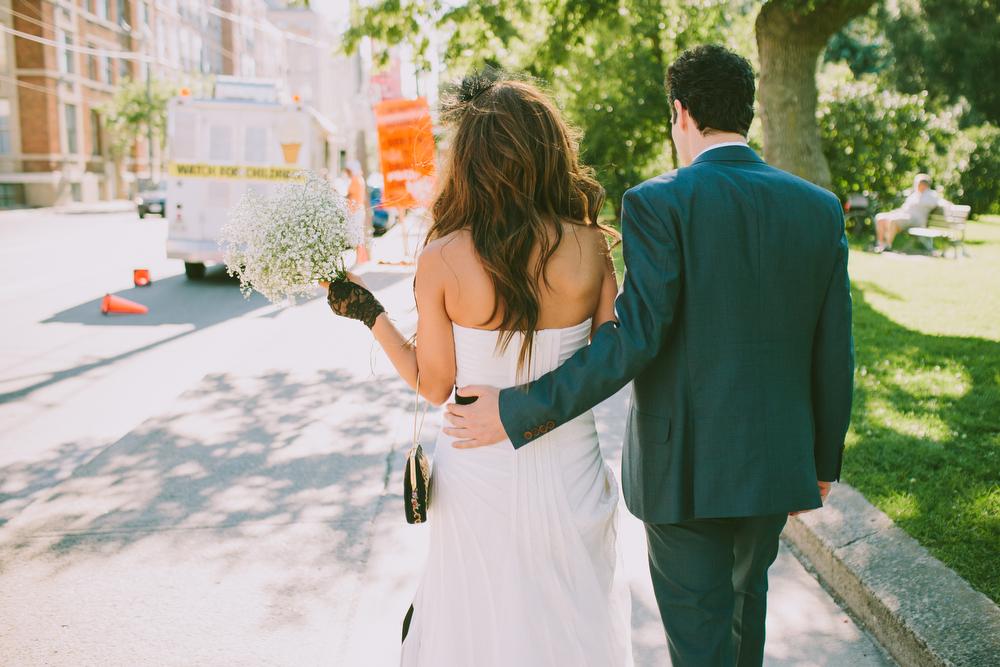 urban-wedding-photos-StorysBuilding-Toronto-Jewish-027.JPG