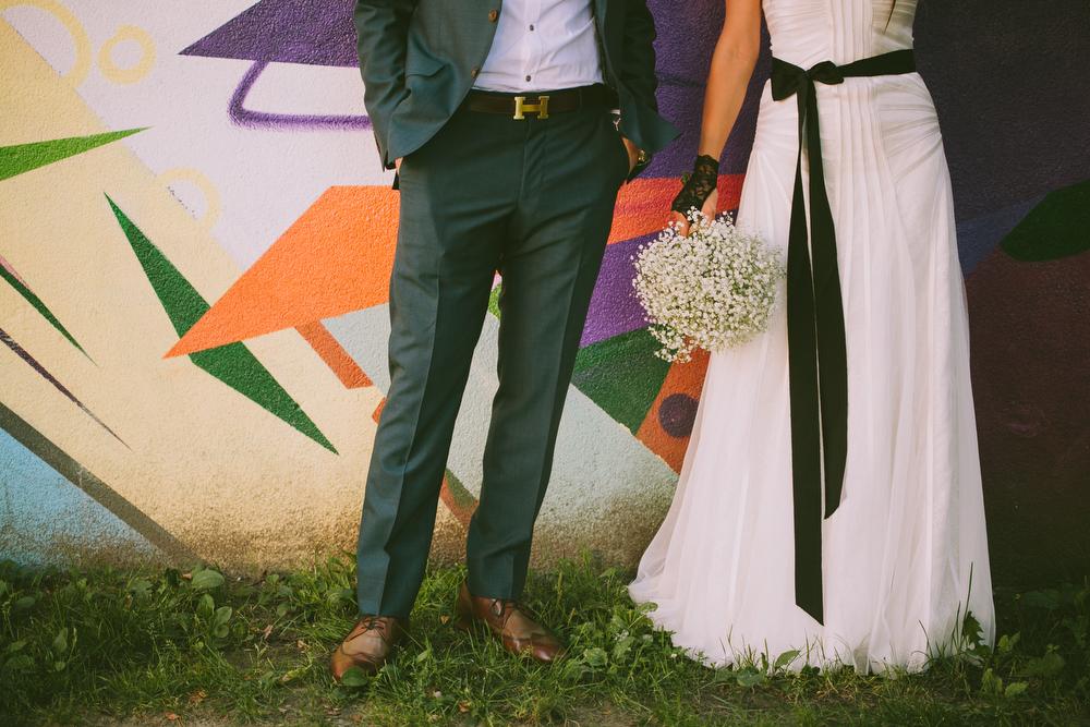 urban-wedding-photos-StorysBuilding-Toronto-Jewish-031.JPG