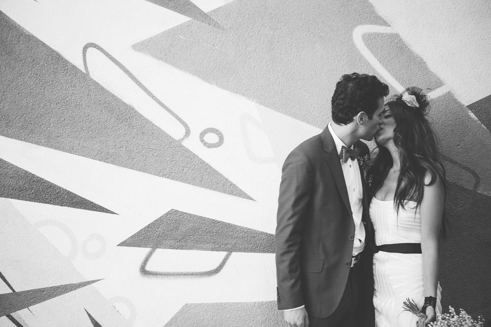 urban-wedding-photos-StorysBuilding-Toronto-Jewish-032.JPG