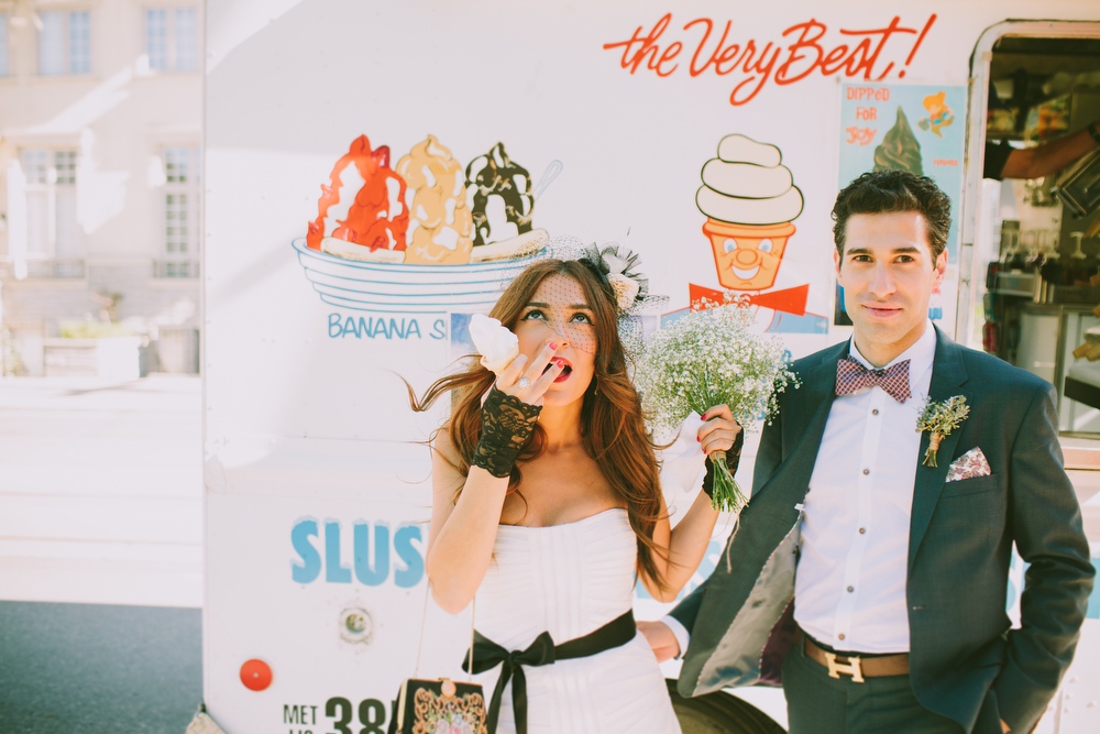 urban-wedding-photos-StorysBuilding-Toronto-Jewish-035.JPG