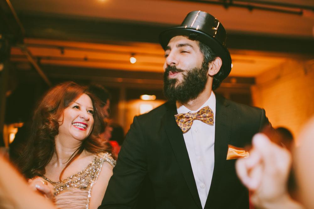 urban-wedding-photos-StorysBuilding-Toronto-Jewish-100.JPG