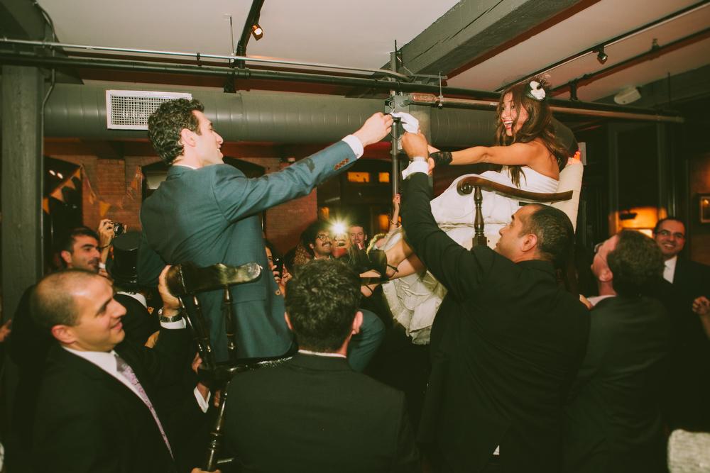 urban-wedding-photos-StorysBuilding-Toronto-Jewish-101.JPG