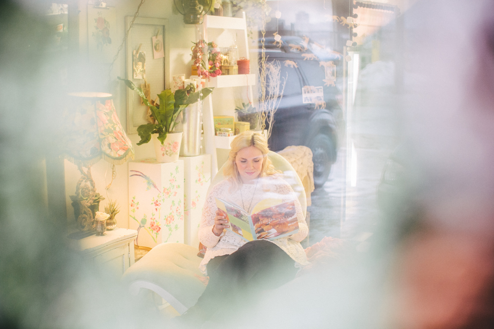 artist-portrait-photos-BlushandBloom-Toronto-florist-weddings-003.jpg