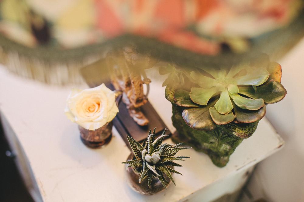 artist-portrait-photos-BlushandBloom-Toronto-florist-weddings-007.jpg