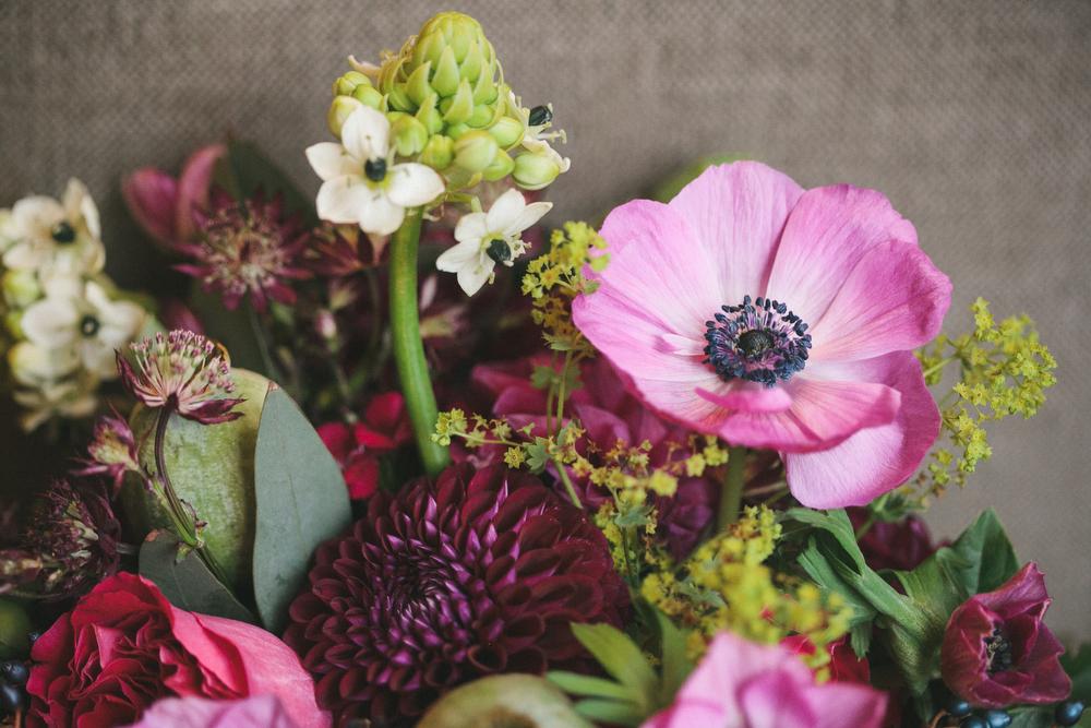artist-portrait-photos-BlushandBloom-Toronto-florist-weddings-036.JPG