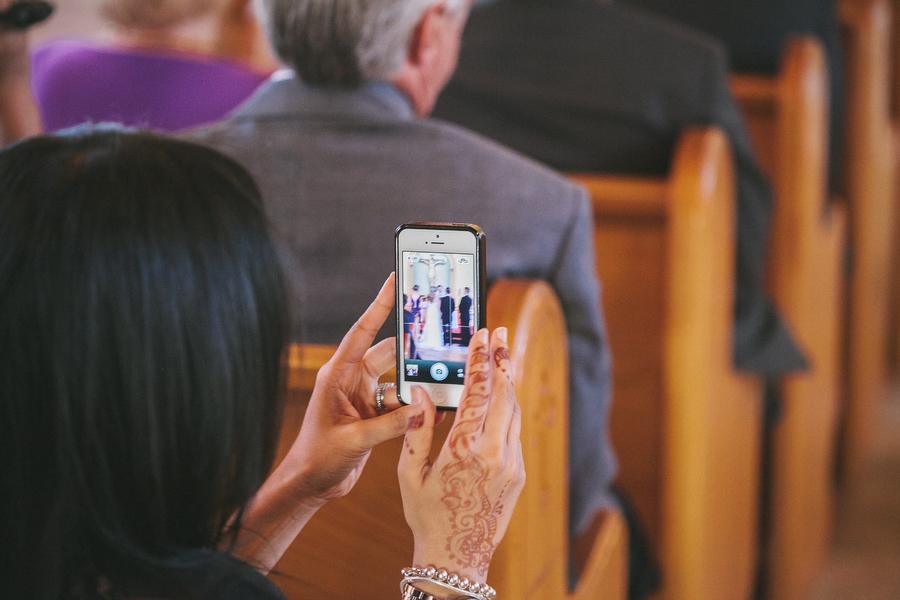 cottage-wedding-photos-CranberryGolfResort-Muskoka-musicians012.JPG