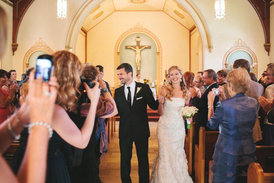 cottage-wedding-photos-CranberryGolfResort-Muskoka-musicians023.JPG