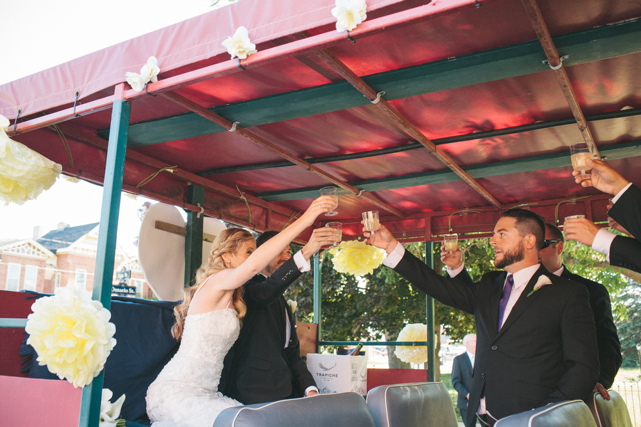 cottage-wedding-photos-CranberryGolfResort-Muskoka-musicians030.JPG