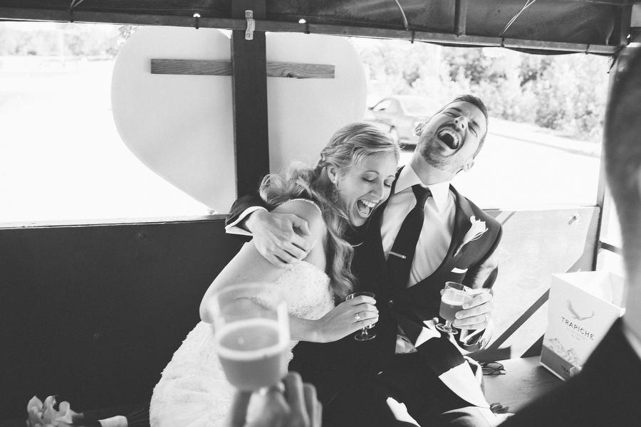 cottage-wedding-photos-CranberryGolfResort-Muskoka-musicians039.JPG