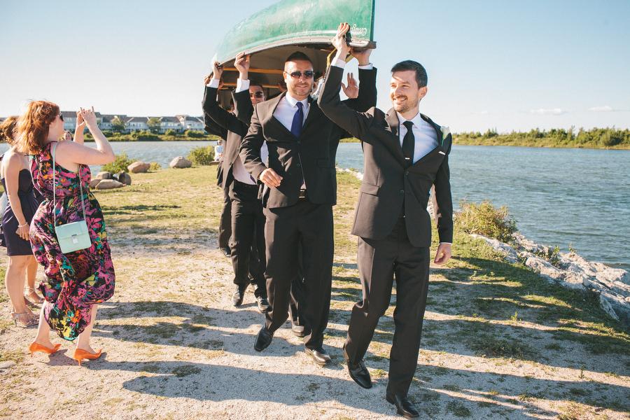 cottage-wedding-photos-CranberryGolfResort-Muskoka-musicians053.JPG