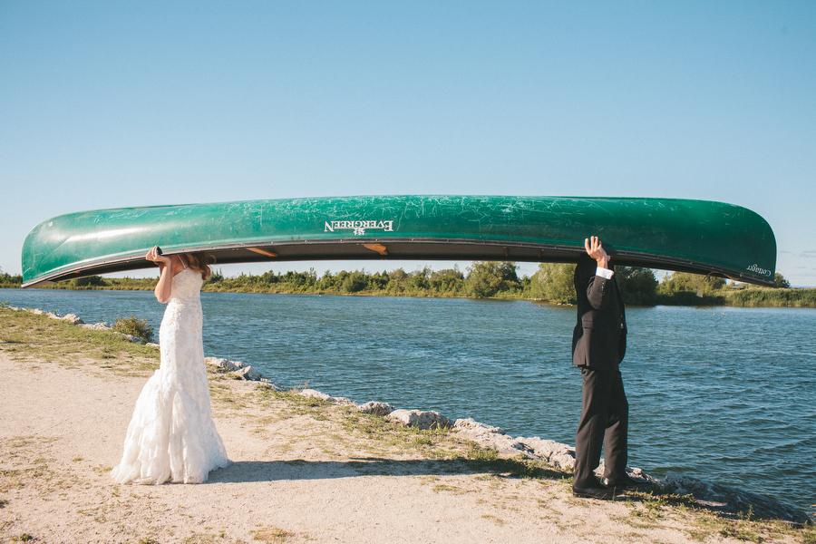 cottage-wedding-photos-CranberryGolfResort-Muskoka-musicians055.JPG