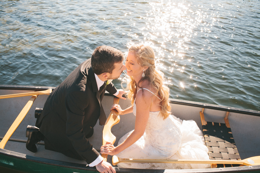 cottage-wedding-photos-CranberryGolfResort-Muskoka-musicians058.JPG