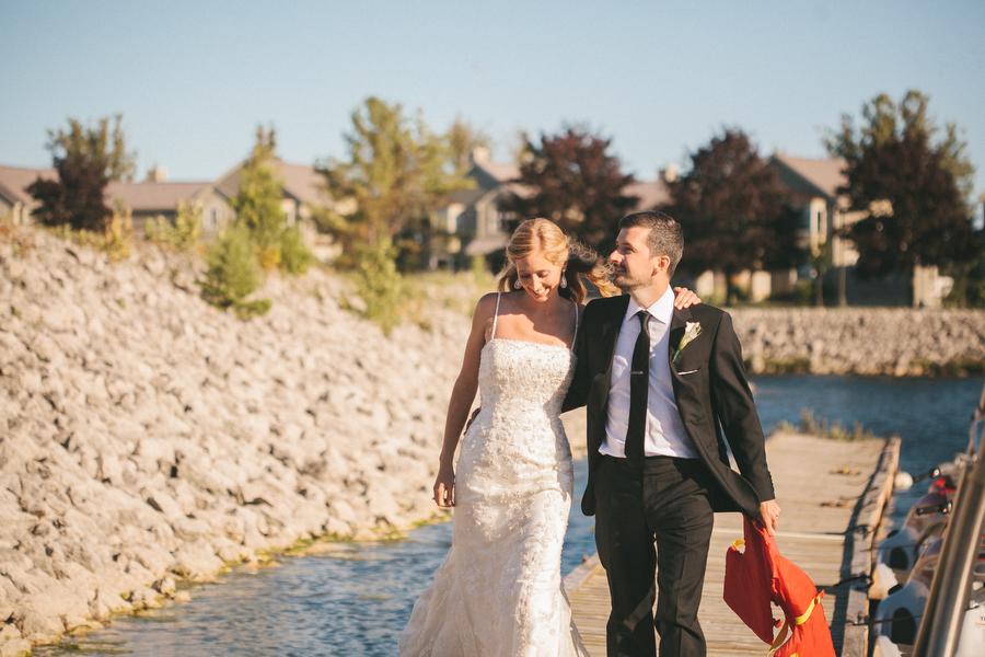 cottage-wedding-photos-CranberryGolfResort-Muskoka-musicians063.JPG