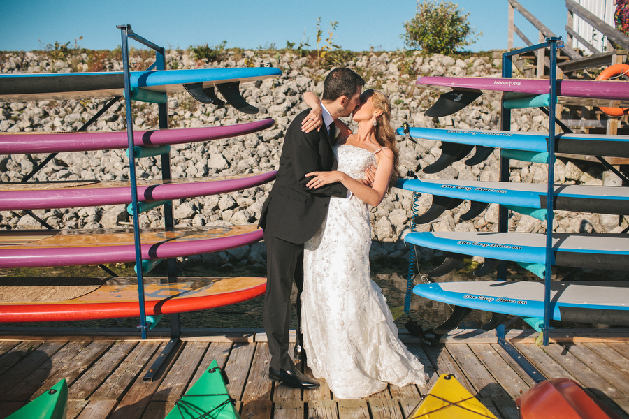 cottage-wedding-photos-CranberryGolfResort-Muskoka-musicians064.JPG