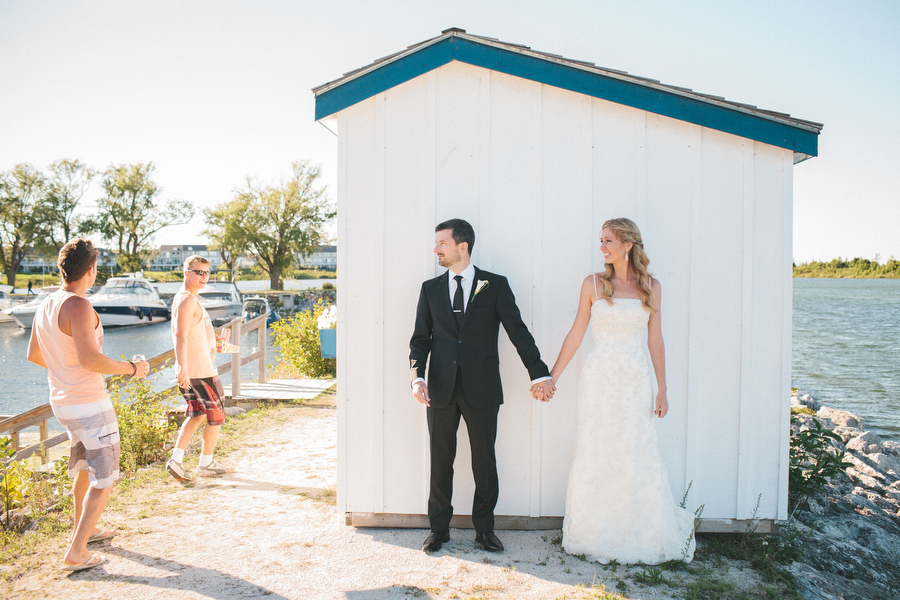 cottage-wedding-photos-CranberryGolfResort-Muskoka-musicians067.JPG