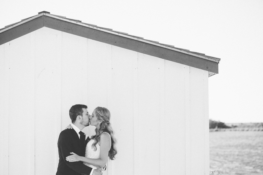 cottage-wedding-photos-CranberryGolfResort-Muskoka-musicians070.JPG