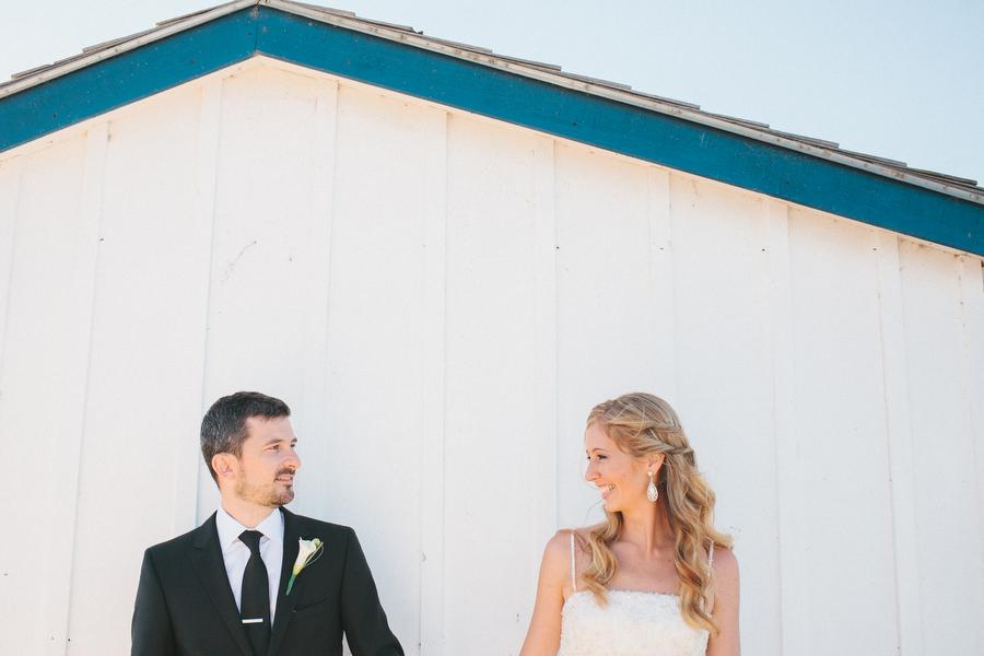 cottage-wedding-photos-CranberryGolfResort-Muskoka-musicians069.JPG