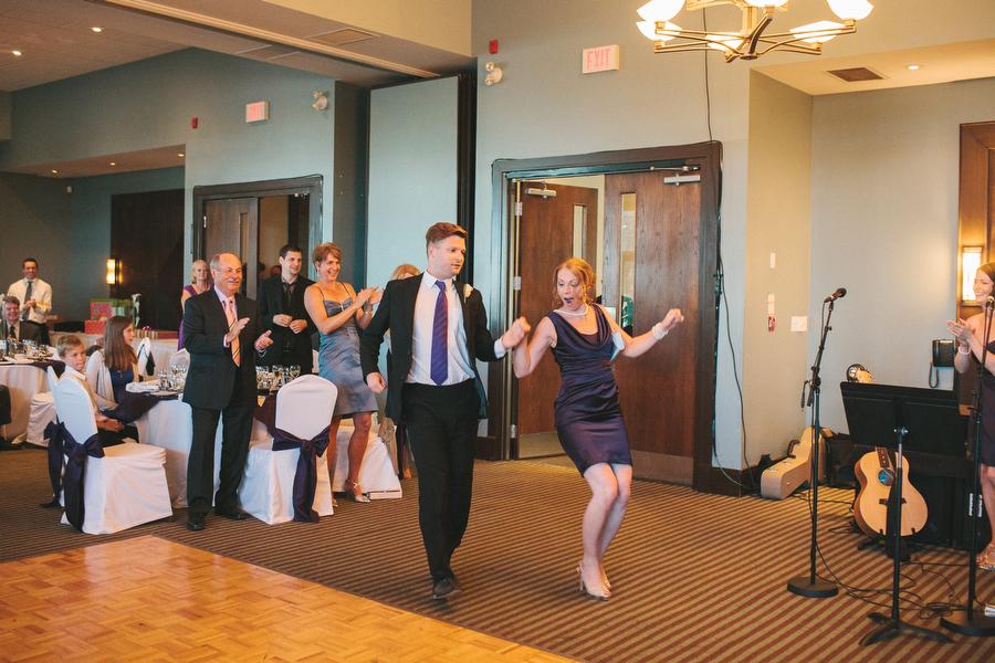 cottage-wedding-photos-CranberryGolfResort-Muskoka-musicians083.JPG