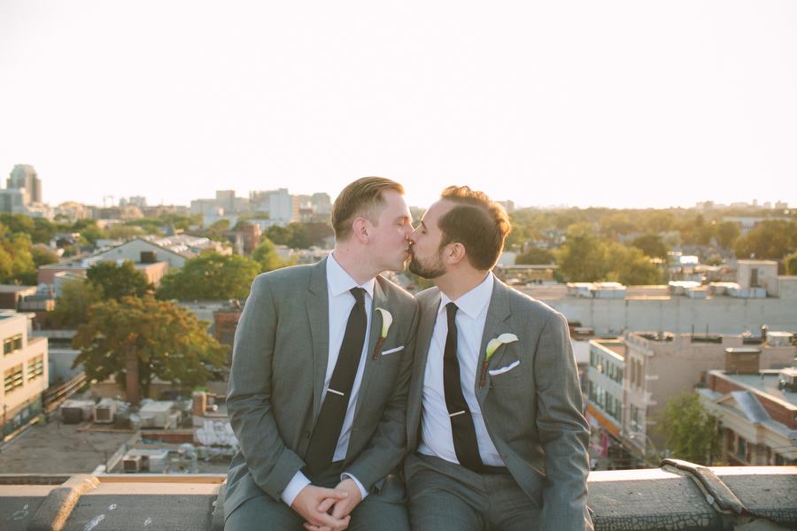 urban-wedding-photos-Burroughes-Toronto-samesex-gaywedding028.JPG